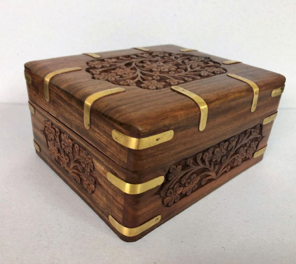 Carved Flower Wooden Jewelley Chest Box with Gold 16 cm